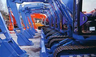 Hitachi kjemper med Komatsu om å være mestproduserende gravemaskinleverandør. Selskapet produserer også for andre.