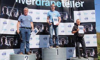 Det var små marginer som avgjorde i landsfinalen i Drivers' Fuel Challenge. Her er seierspallen: 1. plass Frode Henriksen, 2. plass Tor Asbjørn Vigeland og 3. plass Roger Olsen.