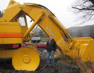 Hos Lindland Maskin i Lyngdal fikk Harald Særheim møte med en nyrestaurert Brøyt X50. Det viste seg å være den samme maskinen han har hatt på demovisning i USA.