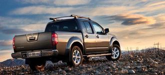 Nissan Navara med ny inngangsmodell samt nye toppmodeller.