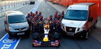 Nissan har fått kontrakten med leveranse av servicekjøretøy for det suksessrike RedBull F1-teamet.