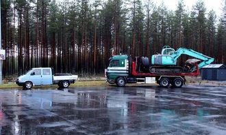 Det ble bomtur for denne svenske entreprenøren som skulle til Norge for å grave.