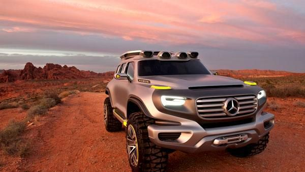 Mercedes-Benz Ener-G-Force. Legg merke til at lyset er formet som G.