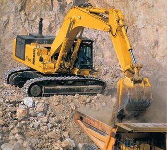Hesselberg representerer Komatsu, verdens nest største produsent av anleggsmaskiner med en omsetning på over 10 milliarder US dollar.