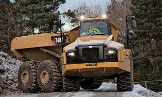 Også leddumperen Cat 740B kommer til Svalbard.