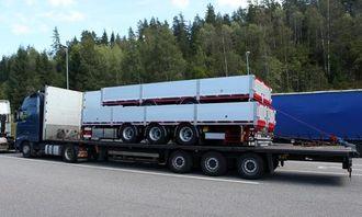 Den polske tralla fikk et nytt dekk og kunne fortsette mot Oslo med lasten.