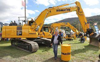 Agder-selger Trygve Endresen står bak det første salget av den nye maskinen her i Norge.