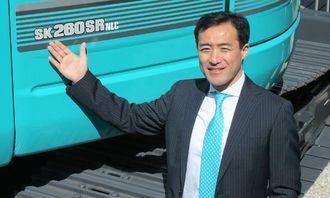 Adm. direktør Makoto Kato i Kobelcos europaorgaisasjon relanserte Kobelco i Europa under Bauma.