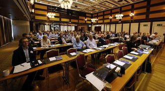 160 PÅMELDTE: De fleste var i salen da Høstmøtet kom i gang torsdag morgen.