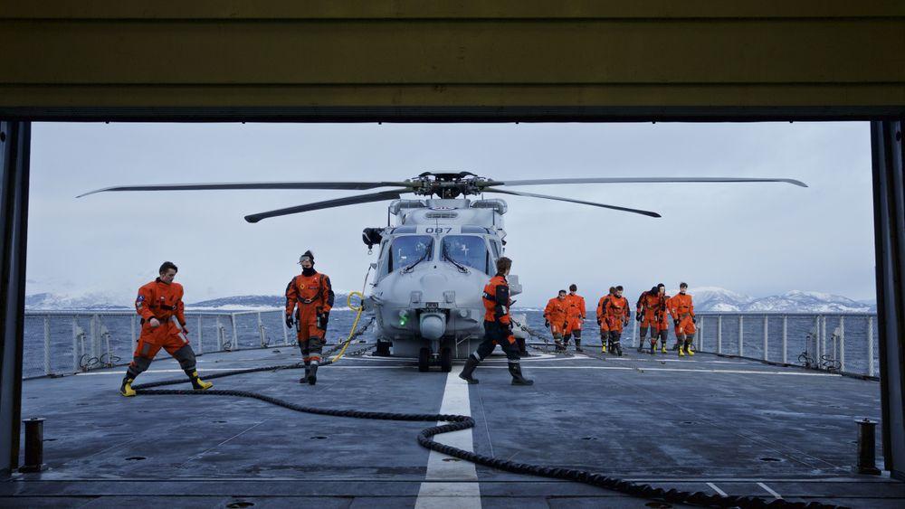 Et norsk NH90-helikopter ombord på Kystvaktfartøyet KV Senja.