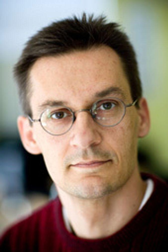 Peter Krøjgaard er professor ved Aarhus universitet i Danmark.