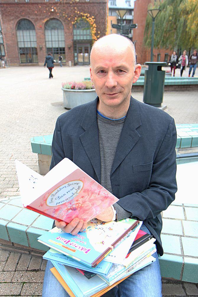 Høgskolelærer Eivind Karlsson ved barnehagelærerutdanningen på Høgskolen i Oslo og Akershus har veiledet studentene gjennom prosjektet.
