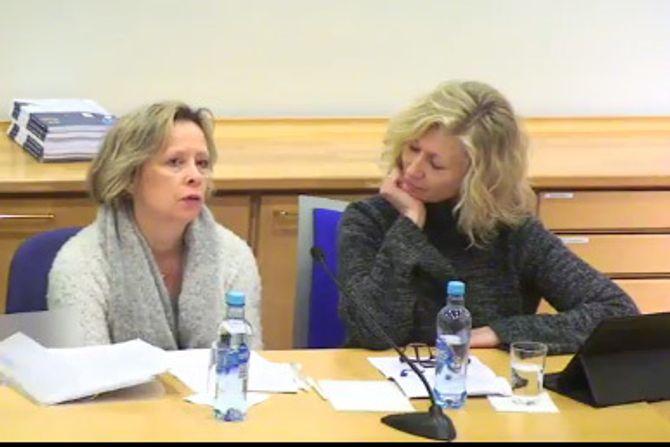 """Seniorrådgivere i FUB, Åse-Berit Hoffart og Lou C. Norreen på lanseringen av rapporten """"Har barn det bra i store barnehager?""""."""