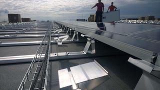 Dersom alle bygg i Norge fikk solceller, kunne de dekket det årlige strømbehovet til nesten 1,4 mill. husstander