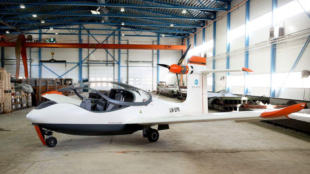 Lier: Thomas Brødreskift i Equator Aircraft Norway har bygget det som trolig er verdens første elektriske sjøfly, som heter Equator P2. Han håper det kan bli et miljøvennlig alternativ til annen transport.