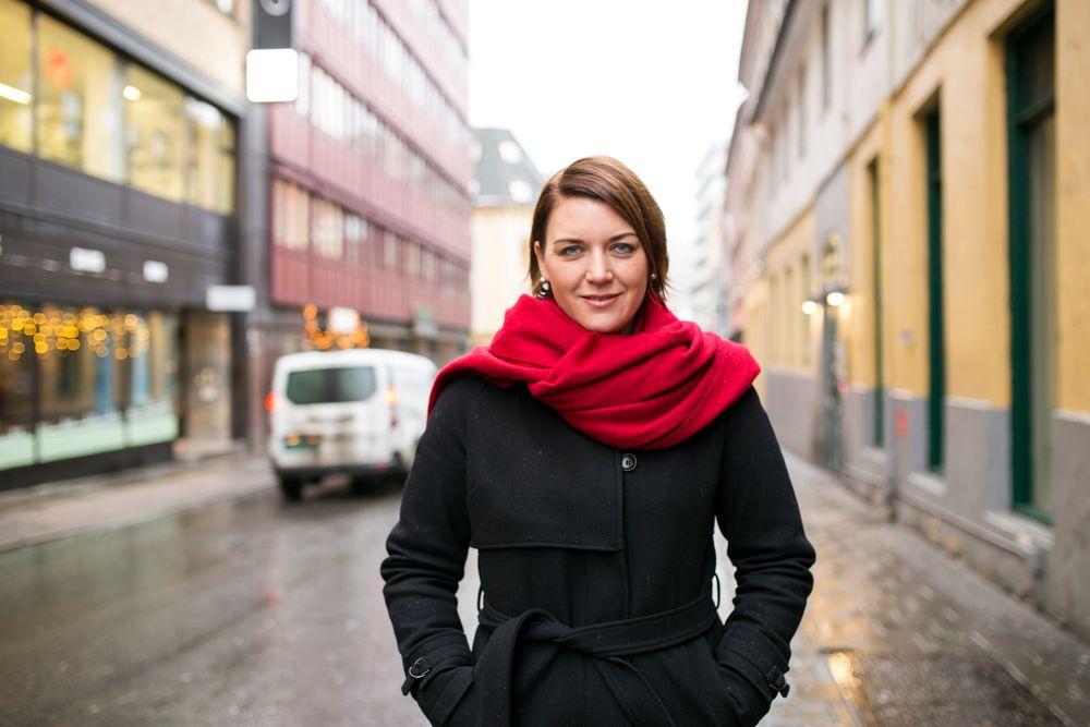 – Det var Teknisk Ukeblads lesere som kjøpte elbil i første runde, men nå er vi forbi det.Bilene kjøpes av «vanlige folk», og vi er det første landet i verden som har et massemarked. Vi skalvære klar over hvilken vanvittig påvirkning det har hatt globalt at Norge har vært en ledestjerne forelbilindustrien, sier Christina Bu.