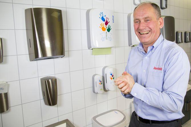 – Det vi ønsker å formidle mest av alt, er hvor enkelt god hygiene er og hvor stor effekt disse enkle rutinene har, sier administrerende direktør i Rentokil Initial Norge, Espen Agnalt.