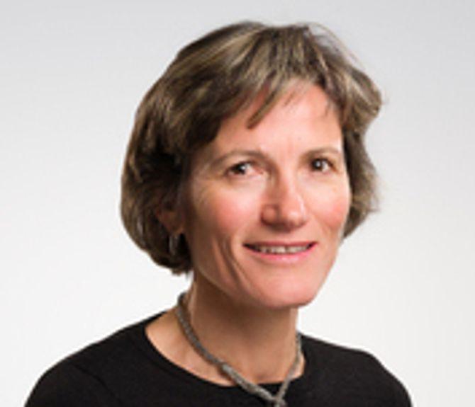 Kaja Kierulf er avdelingsdirektør ved Regionsenter for barn og unges psykiske helse i Helseregion Sør og Øst.