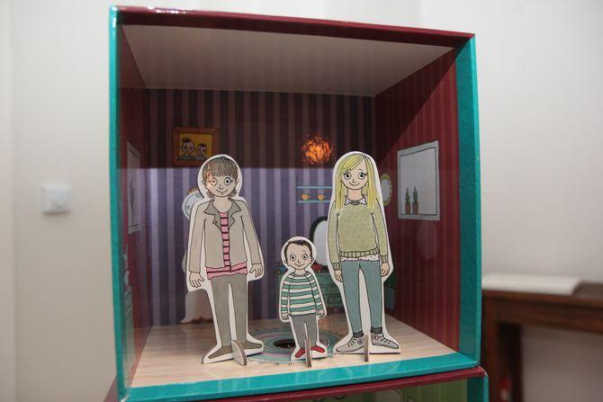Silje Hrafa Tjersland er gift med Marit og sammen har de sønnen Simon (4). – Barna i barnehagen synes det er artig at Marit, Simon og jeg er med som pappfigurer, sier Tjersland.