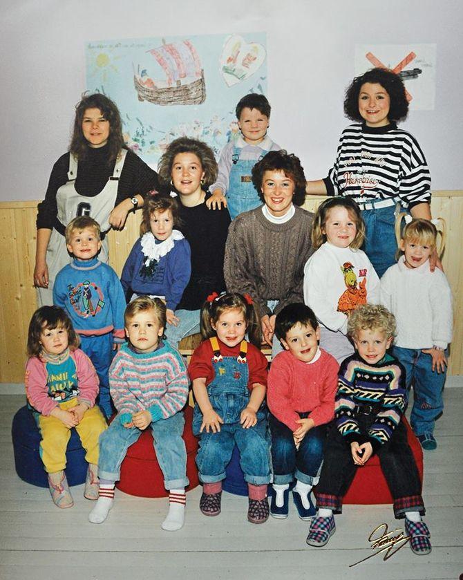 Det aller første barnehagekullet for 26 år siden.
