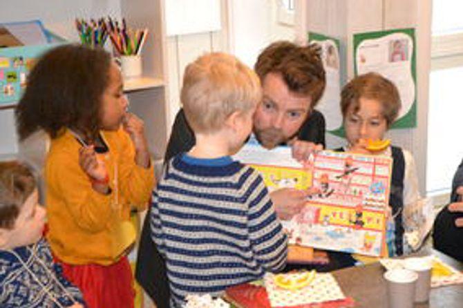 Torbjørn Røe Isaksen besøkte Fridtjovsgate barnehage i Oslo i anledning Barnehagedagen 2016.