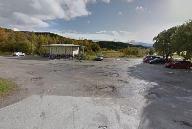 Friluftsområdet Maskinisten ligger 30 meter fra porten til barnehagen.