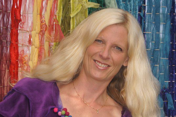 Barnehagelærer og forfatter Trude A. Brendeland har lært av barn at fantasi og lek er livets virkelige energikilder.