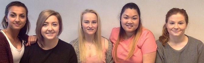 Malene Follestad, Linnéa Nesvang, Nhu Tran, Mona Johansen og Herå Palani, er 2.årsstudenter ved Barnehagelærerutdanningen, Høyskolen i Østfold.