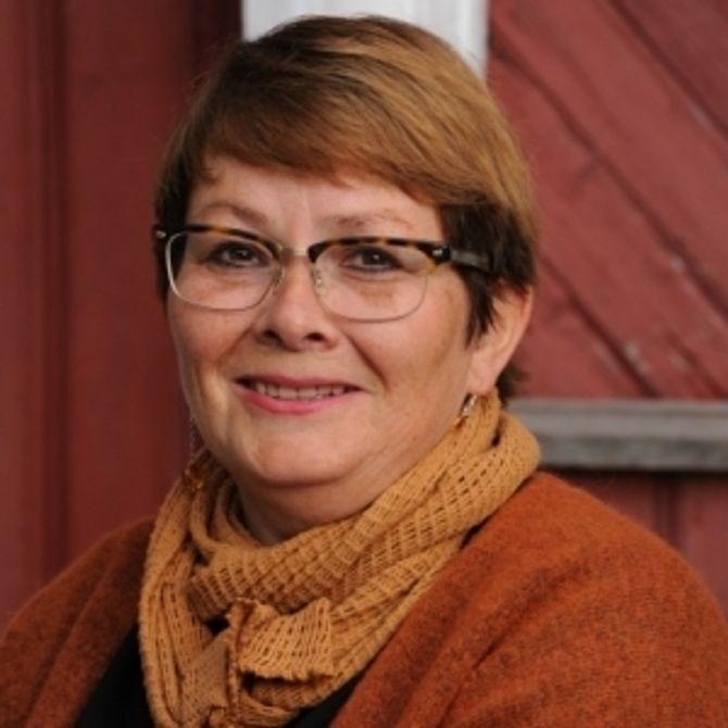 Daglig leder i Disen Gård Kanvas-barnehage, Birgit Somby, mener det er en del av vårt samfunnsansvar å bidra til at flyktningene har det bra.