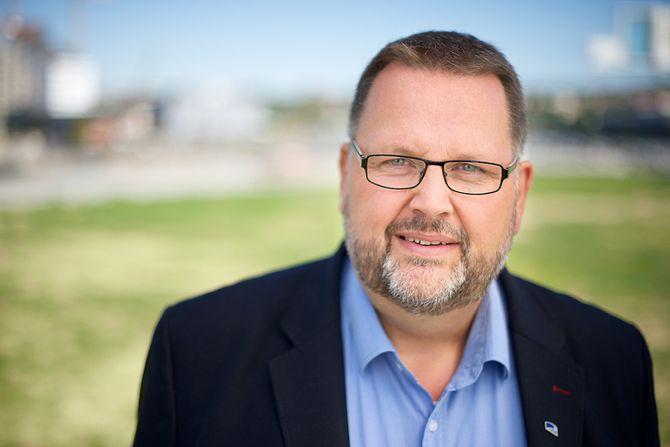Svein Harberg, Høyre, er leder i familie- og kulturkomiteen på Stortinget.