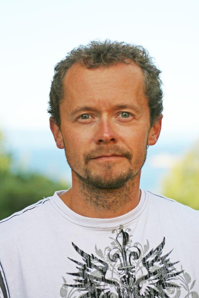 """Frode Thorjussen er høyskolelektor ved Steinerhøyskolen og medlem av styret i Steinerbarnehageforbundet. Han er også en av initiativtakerne til aksjonen """"Barnehageopprør 2016""""."""