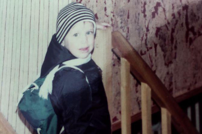 Helge André Njåstad, her fotografert da han selv skulle begynne i barnehagen tidlig på 80-tallet.