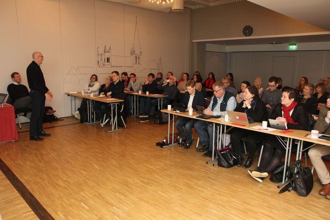 Administrerende direktør Arild M. Olsen i PBL var før påske i Trondheim for å møte politikere, fagbevegelse og barnehager. Han avviser at PBL har drevet noen form for desinformasjon om hva Fagforbundet og Utdanningsforbundet står for.