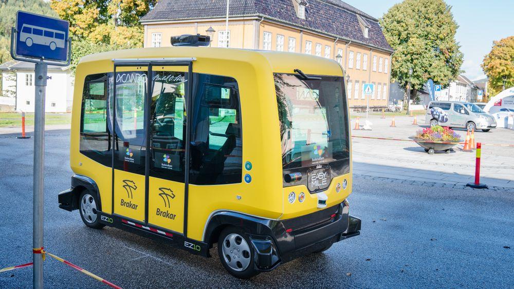 Fornebu kan bli blant de første stedene i landet med selvkjørende buss på offentlig vei. Her planlegges en rute som skal kjøre badegjester til stranda i tide til badesesongen.