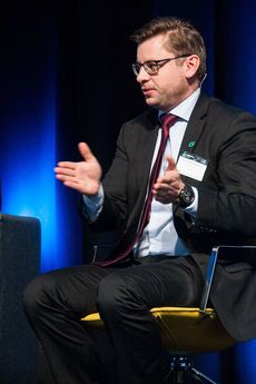 Ole Henrik Hannsidahl under elbilkonferansen Nordic EV Summit i 2018.
