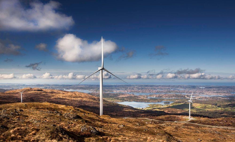 Midtfjellet vindpark har utvidet parken med 11 nye turbiner i juni. Men hvem forbruker strømmen de produserer?