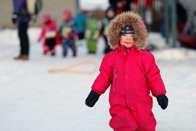 Barna i Bukkespranget Naturbarnehage er vant til å kle seg godt.