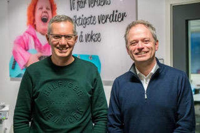 Hans Jacob Sundby vil fortsatt være Læringsverkstedets ansikt utad, men Kjetil Ørbeck sier han ikke er typen til å gjemme seg bort heller.