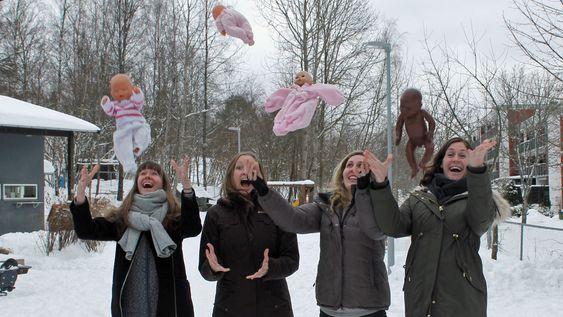 4 gravide barnehagelærere i Den Blå Appelsin Kanvas-barnehage.  Fra venstre: Lina Kjellman, Marthe Gjerdingen, Silje Bergqvist Kristensen og Kjersti Krohg Sørensen