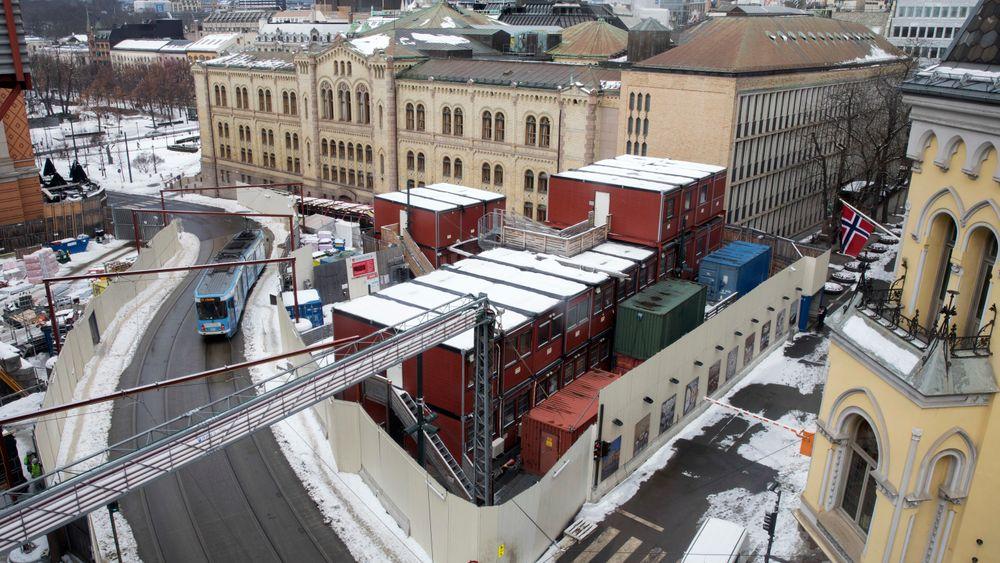 Stortinget byggeprosjekt, som blant annet omfatter rehabilitering av nabogården til Stortinget, en underjordisk tunnel og et nytt postmottak. Her fra Wessels Plass og krysset Akersgata Prinsens gate.