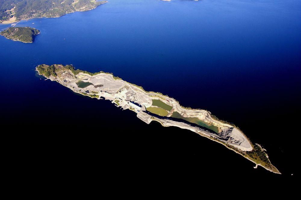 Langøya har vært det norske deponiet for farlig avfall i tiår. Nå trengs det et nytt.