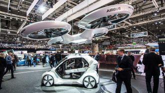 Pupup Next er en selvkjørende bil som kan gjøres om til en flyvende drone ved at passasjerkapselen fraktes med en drone.