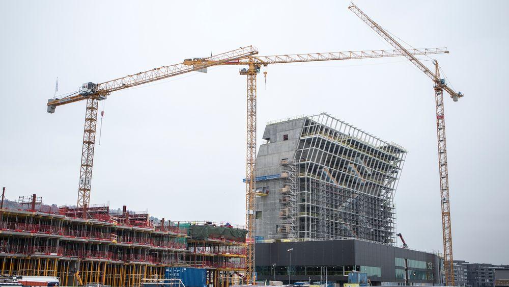 Byggekraner ved det nye Munchmuseet som er under oppføring i Bjørvika i Oslo. Etter planen skal museet åpne for publikum i 2020.