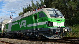 Danskenesetter lokomotiver i begge ender av splitter nye tog