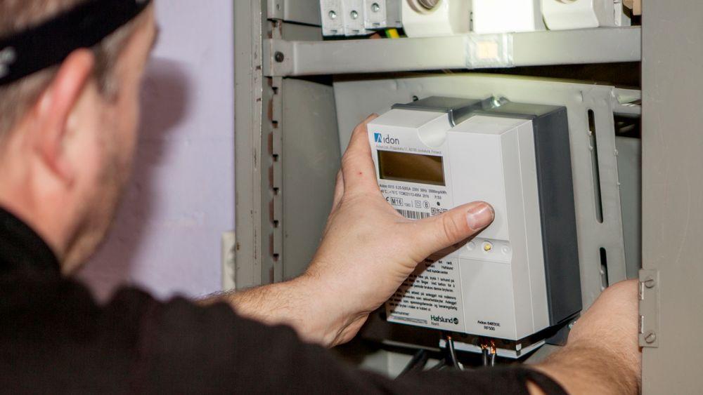 Alle norske strømkunder få ny digital strømmåler installert hjemme. Illustrasjonsfoto.
