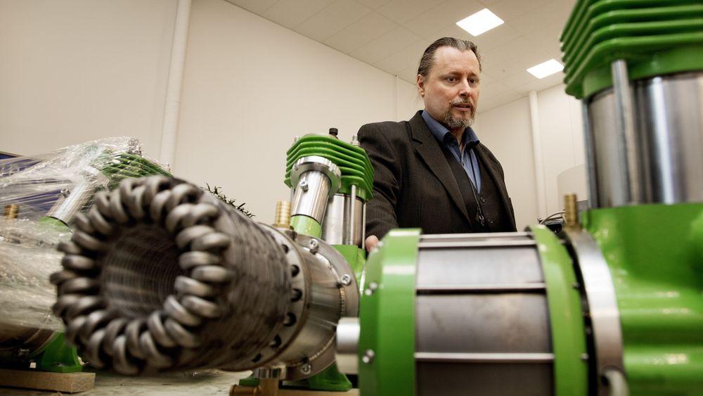 For tiden produserer Inresol AB cirka 15 motorer i uka, men snart oppskaleres bedriften, og anlegget har kapasitet til å produsere 5000 motorer per måned. Inresol ABs stirlingmotor er en nyttig liten greie på 56 kilo, og har mange bruksområder. Stefan Mastonstråle.