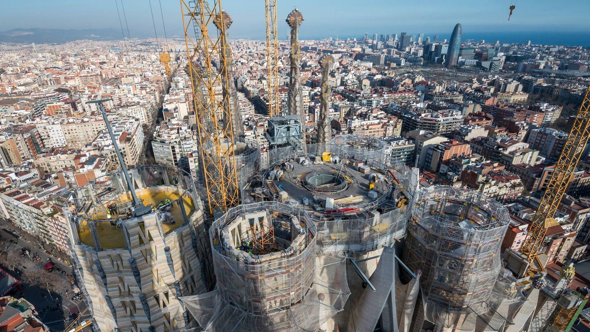 Fortsatt gjenstår det mye arbeid før La Sagrada Família er ventet å stå ferdig i 2026.