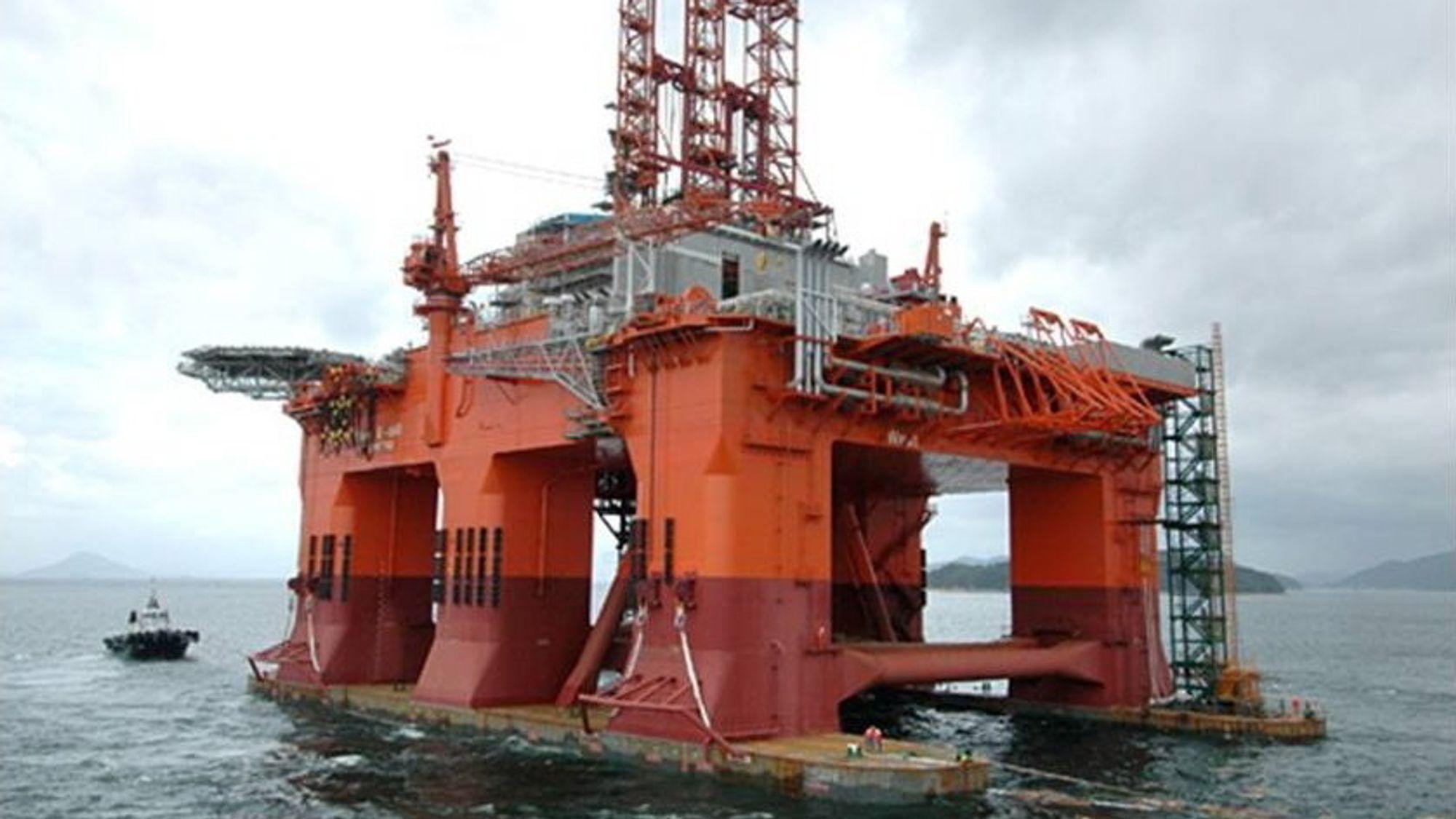 Det var riggen West Poenix som boret brønnen i Norskehavet, hvor det er meldt om et gassfunn.