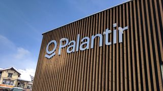 Palantir holder planene for framtiden hemmelige. Professor er bekymret for at data kan havne i private selskapers hender.