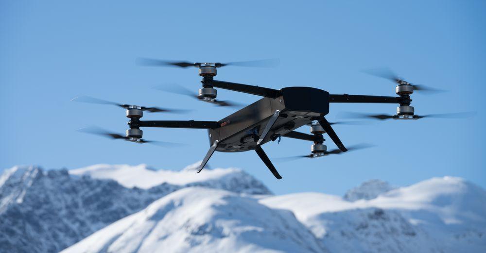 STORE DRONER: Griff Aviation spesialiserer seg på droner som kan gjøre tunge løft. Her er selskapets Griff 135.